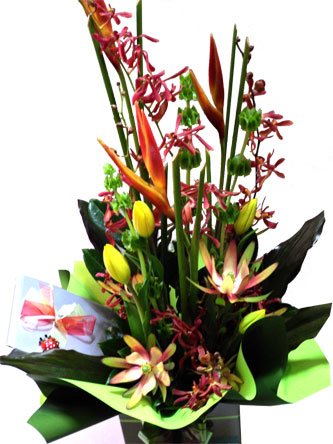 chocolates-and-flowers-tropical-mixed-flowers