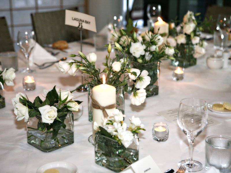 Wedding table arrangements mont albert florist for Table arrangements